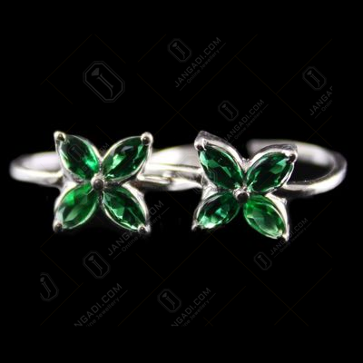 Silver Plated Fancy Design Green Onyx Toe Ring