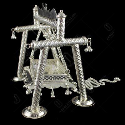 Silver God swing