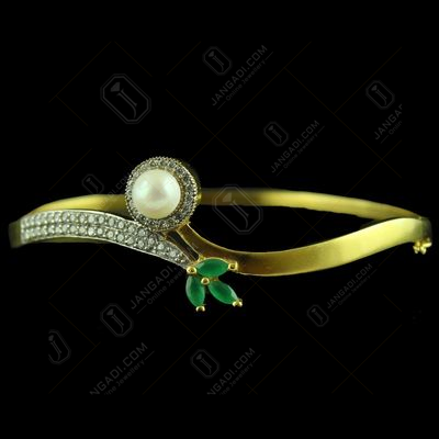 GOLD PLATED CZ BANGLE WITH PEARL