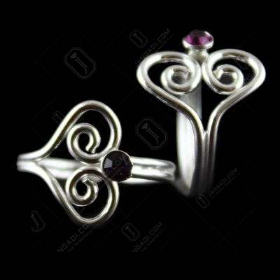 HEARTINSHAPE VIOLET STONE SILVER TOE RING