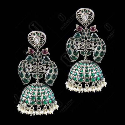 OXIDIZED SILVER ONYX EARRINGS WITH PEARLS