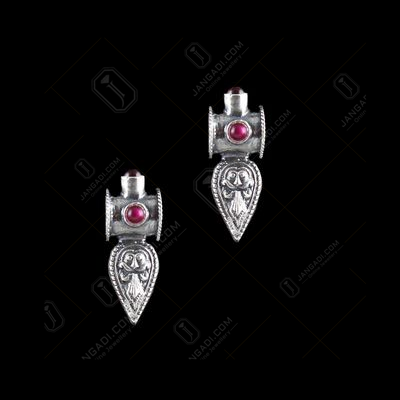 OXIDIZED SILVER RED ONYX FLORAL EARRINGS