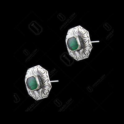 OXIDIZED SILVER CASUAL EARRINGS WITH GREEN HYDRO STONES