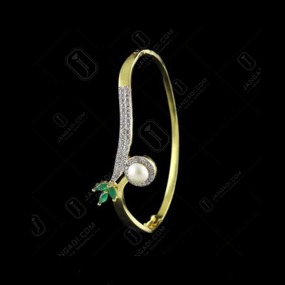 GOLD PLATED CZ LOCK BANGLE