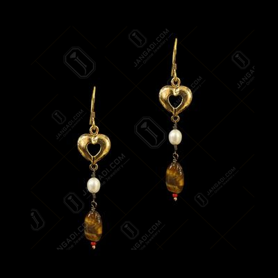 GOLD PLATED HEART SHAPE HANGING EARRINGS WITH TIGER EYE AND PEARL