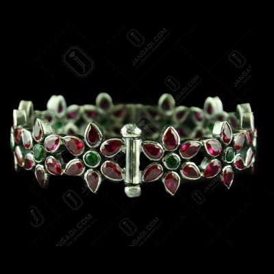 Oxidized Corundum Bangle