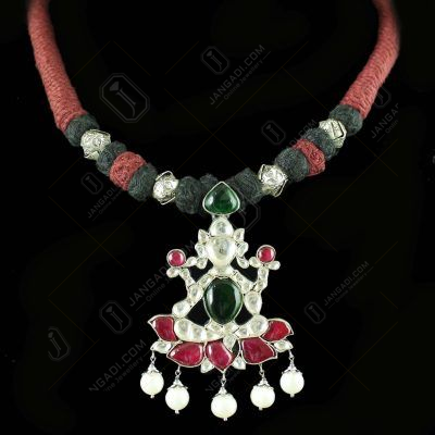 OXIDIZED LAKSHMI DESIGN KUNDAN STONE THREAD NECKLACE