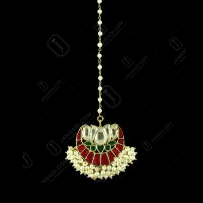 GOLD PLATED KUNDAN MANGTIKKA WITH PEARLS