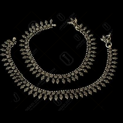 OXIDIZED SILVER ANKLETS