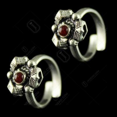92.5 Silver Toe Rings Studded Multi Stones