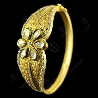 Silver Gold Plated Fancy Design Bracelets Lacket type