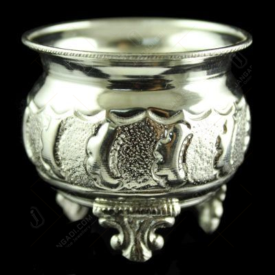 SIlver Fancy Design Bowls